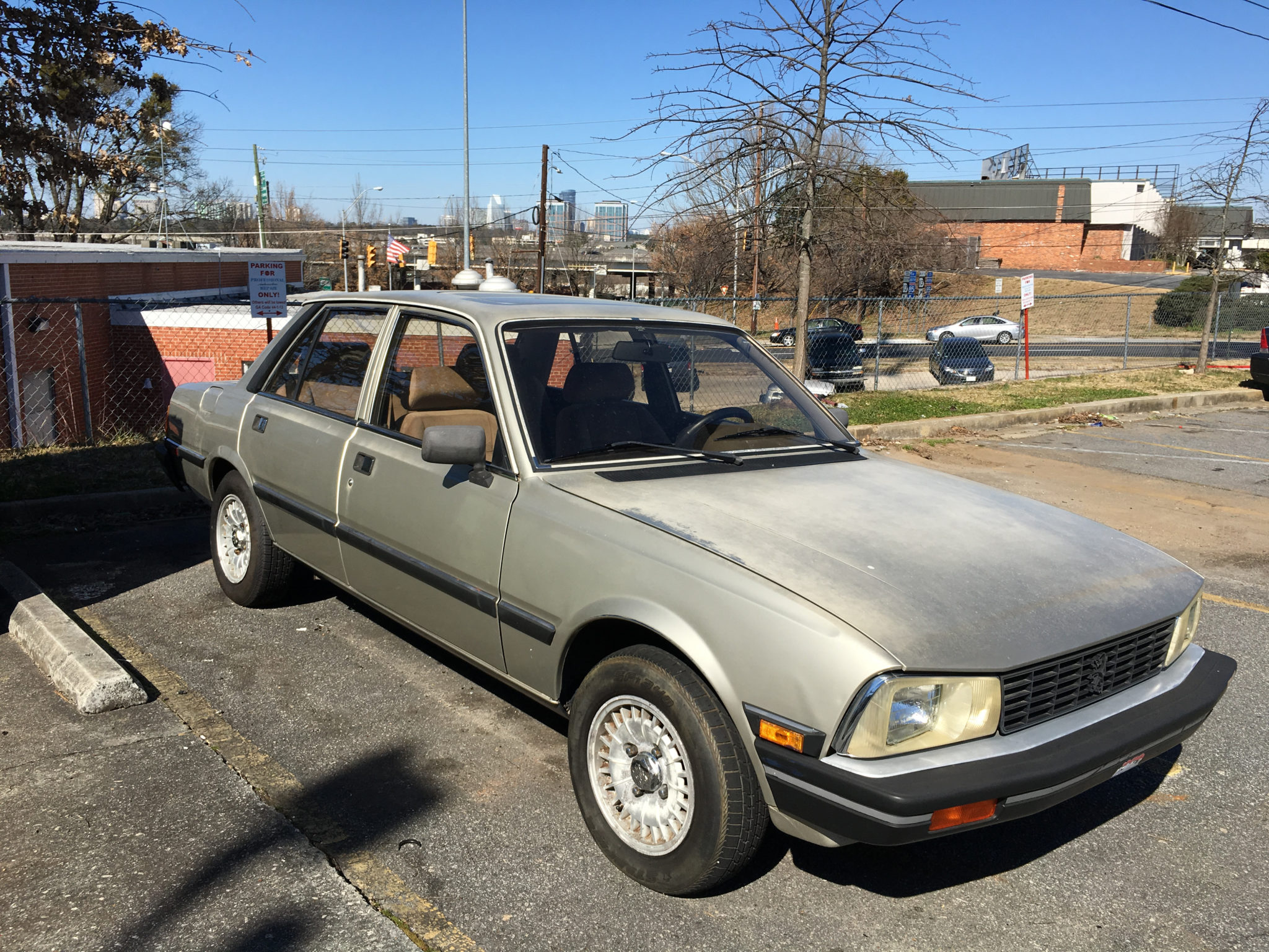 Peugeot 505 S Right