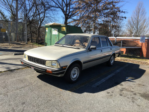 Peugeot 505 S Right Front